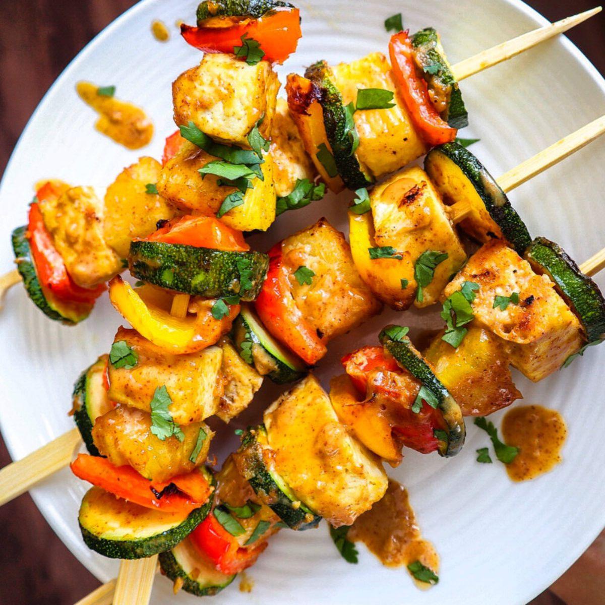 a top view of pineapple tofu skewers