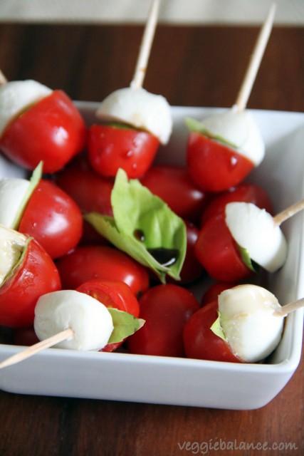 Caprese Mini Skewers Appetizer - Veggiebalance.com
