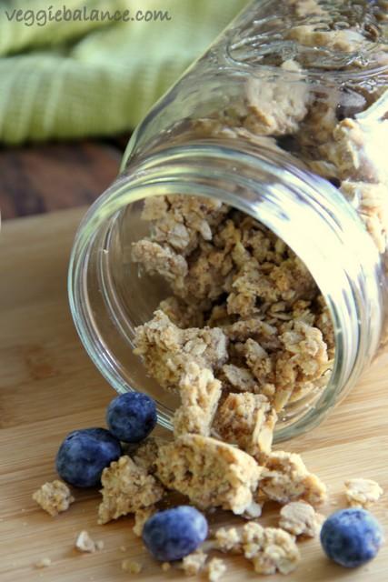 Peanut Butter Cookie Granola - Veggiebalance.com
