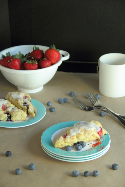 Strawberry Blueberry Scones, Vegan Low-Fat and Low Calorie compared to the traditional scone without sacrificing the flavor. (Gluten-Free, Healthy)
