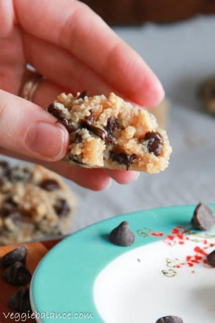 Flourless Chocolate Chip Cookies - Veggiebalance.com