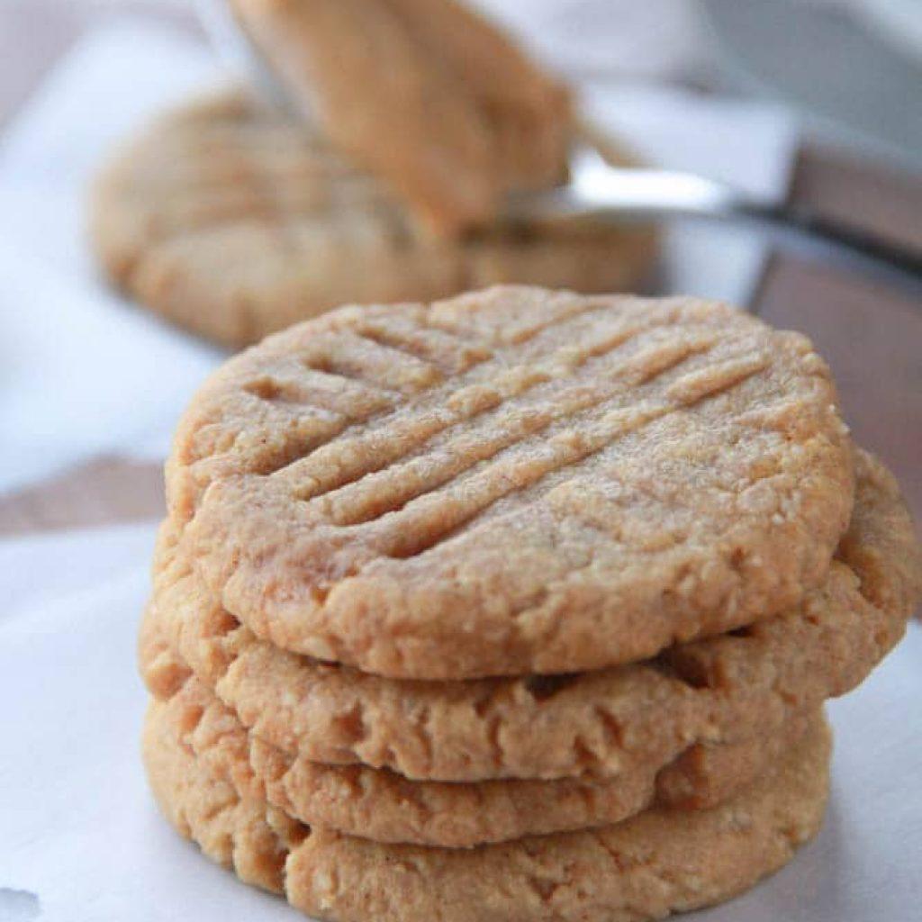 Gluten Free Peanut Butter Cookies (Healthy)