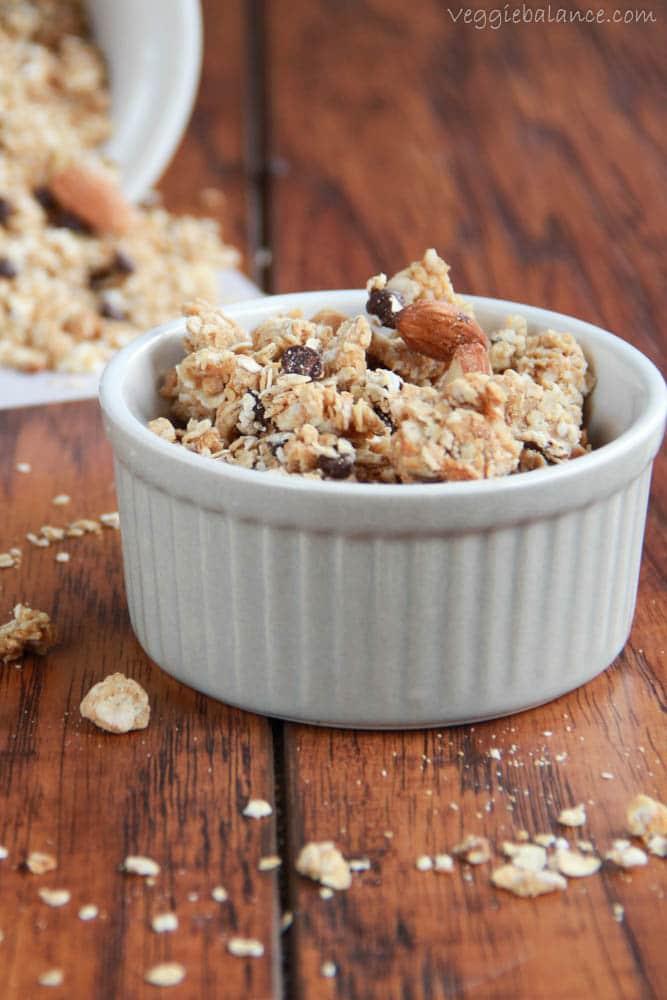 Chocolate Peanut Butter Granola - Veggiebalance.com
