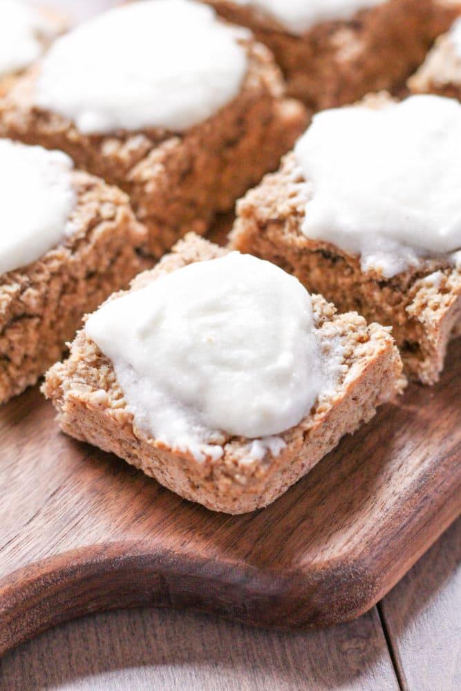 Healthy Banana Bread Bars {Gluten-Free} - Veggiebalance.com