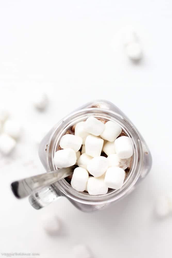 Healthy Hot Chocolate {Low-Sugar, Vegan, Dairy-Free} - Veggiebalance.com