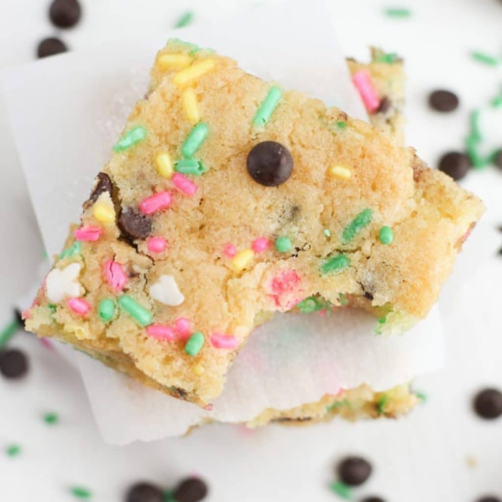 Cake Batter Blondies With Chocolate Chips