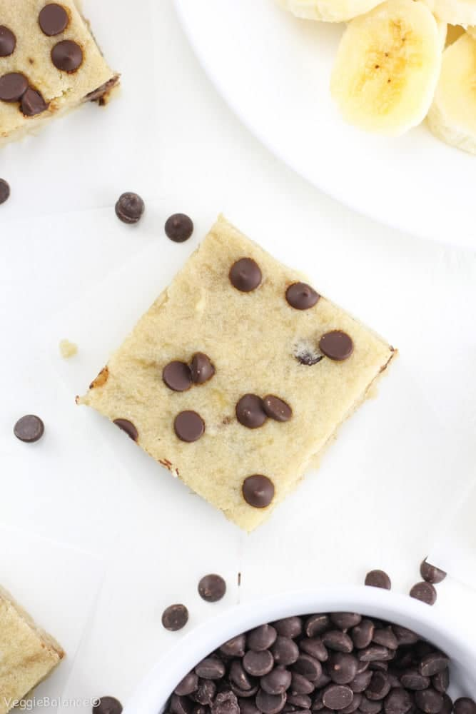 Healthy Banana Bread Breakfast Bars Gluten-Free