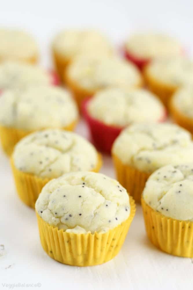 Healthy Lemon Poppy Seed Muffins {Gluten-Free} - Veggiebalance.com