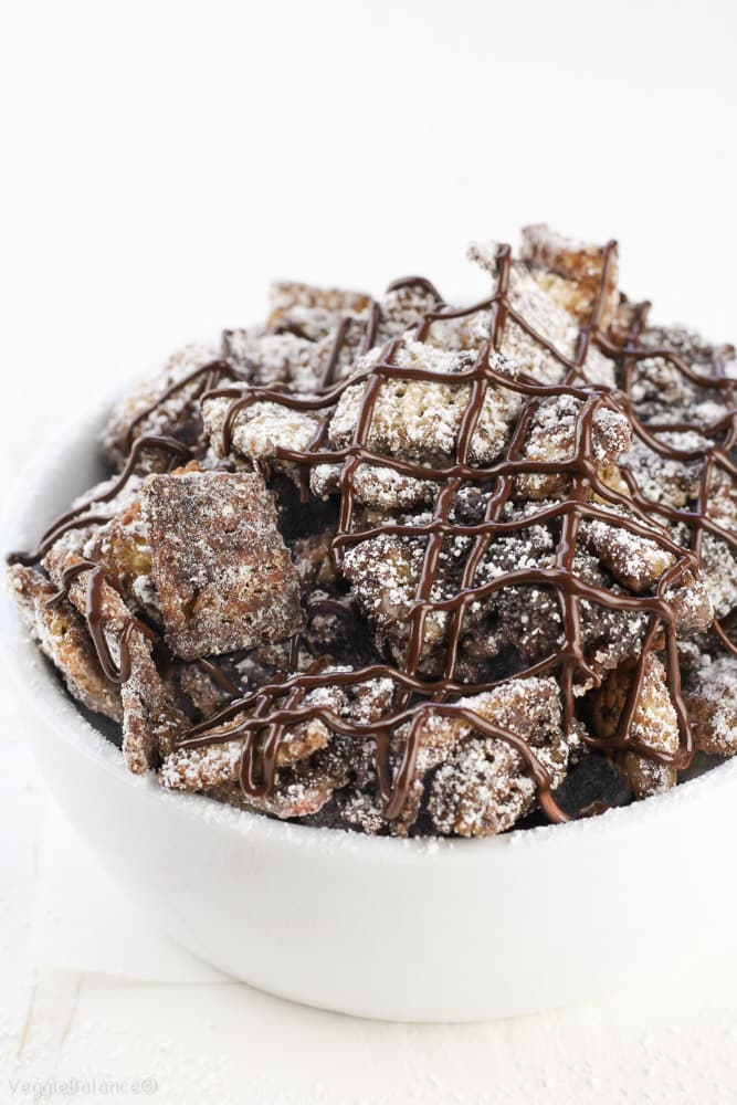 Vegan Dark Chocolate Cinnamon Muddy Buddies - Veggiebalance.com
