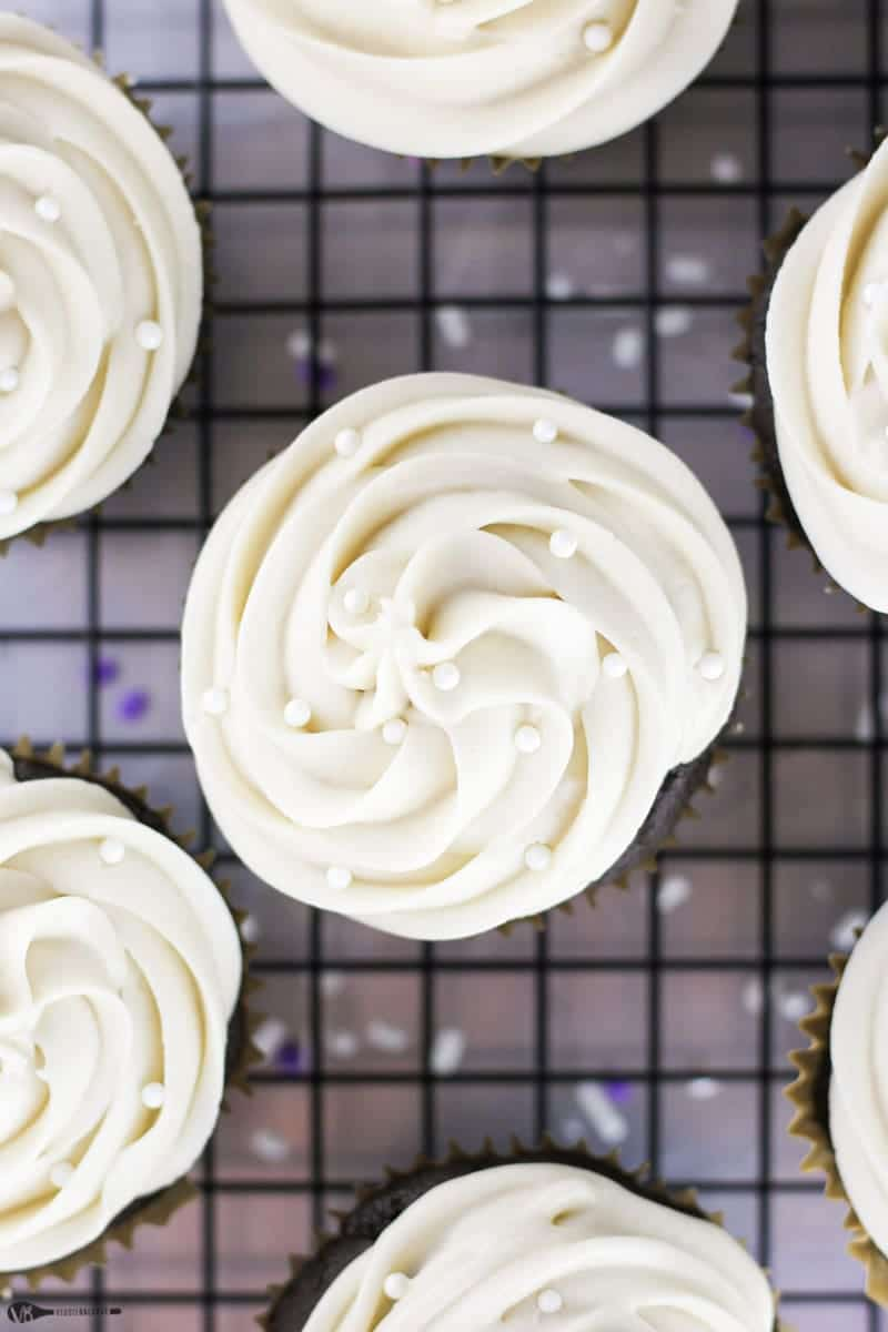 Gluten-Free Chocolate Cupcakes Recipe Made Healthy Easy - Veggiebalance.com