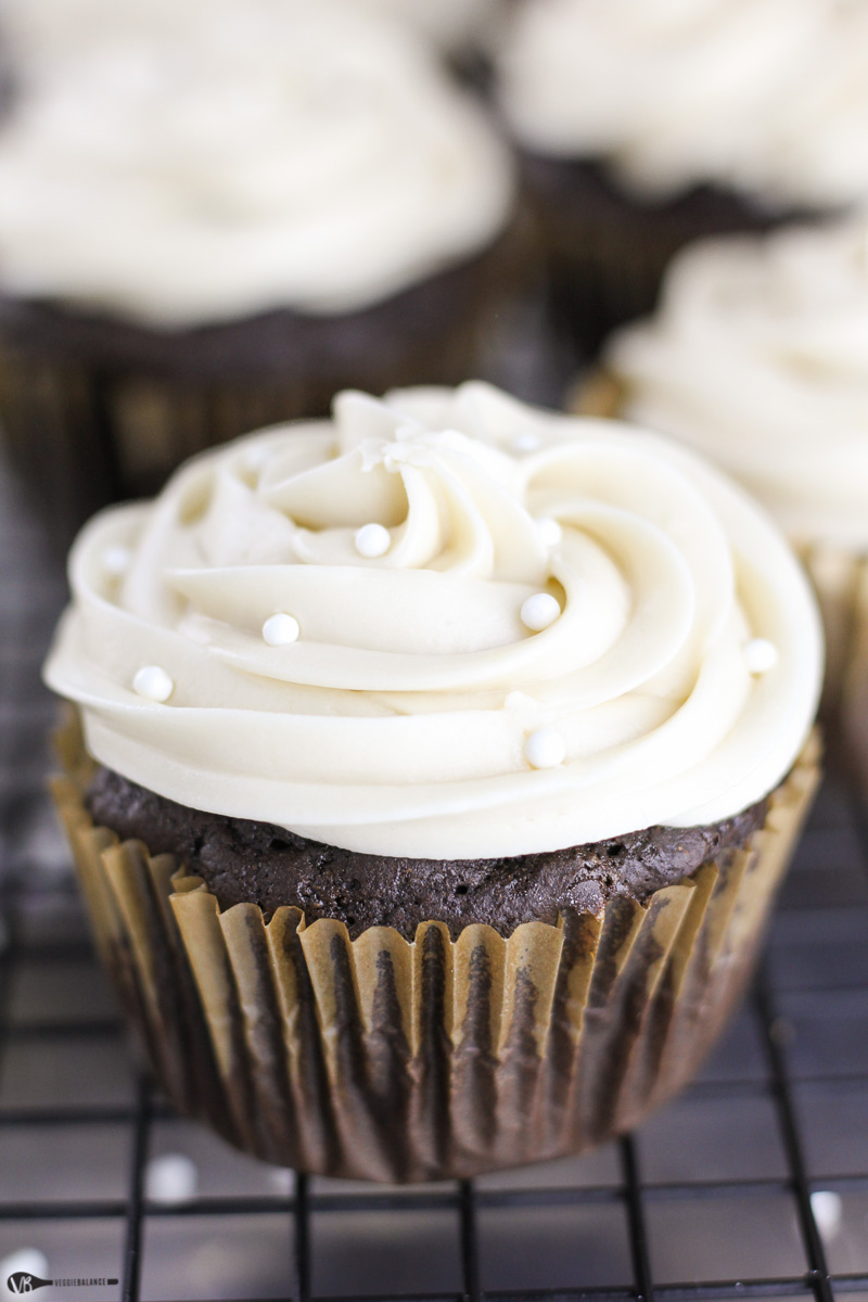 Creamy Chocolate Frosting Recipe For Cupcakes