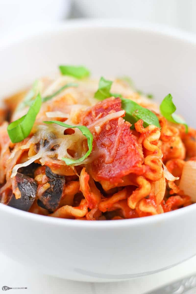 Pasta Pizza Casserole recipe with just 4 Ingredients - Veggiebalance.com