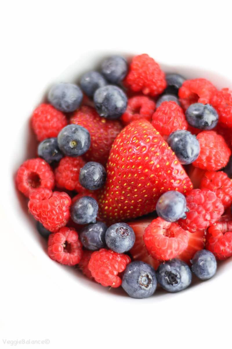 Fresh Whipped Cream Recipe and How-To Make It at Home - Veggiebalance.com