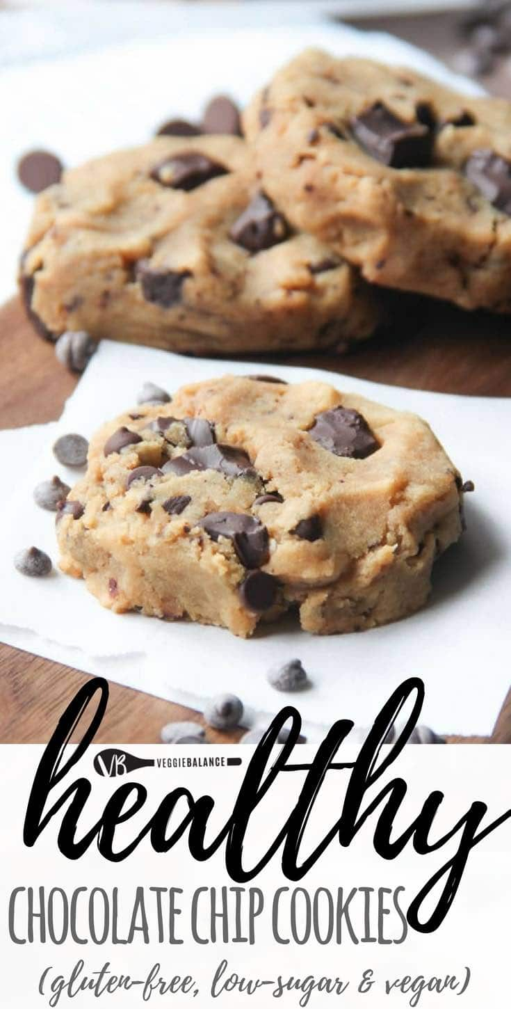 Healthy Chocolate Chip Cookies recipe. Just 7 ingredients turn into gooey moist amazing chocolate chip cookies. bonus! It's a healthy cookie with no oil or butter added.