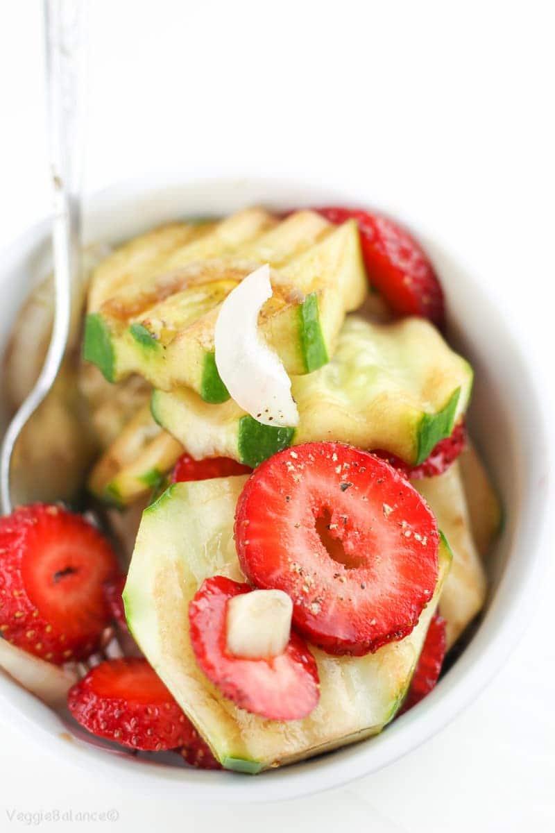 Easy Strawberry Cucumber Salad Recipe with Balsamic Dressing - Veggiebalance.com