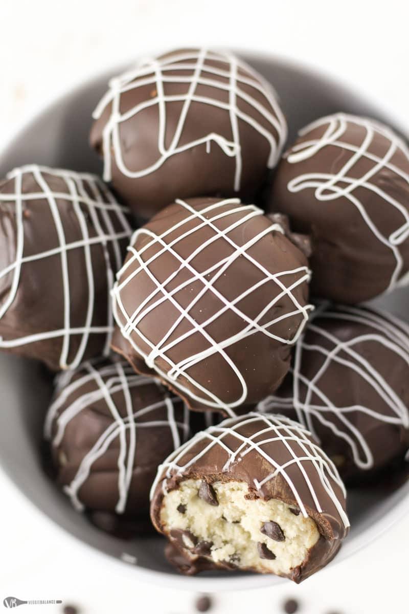 Edible Cookie Dough Truffles recipe - Veggiebalance.com