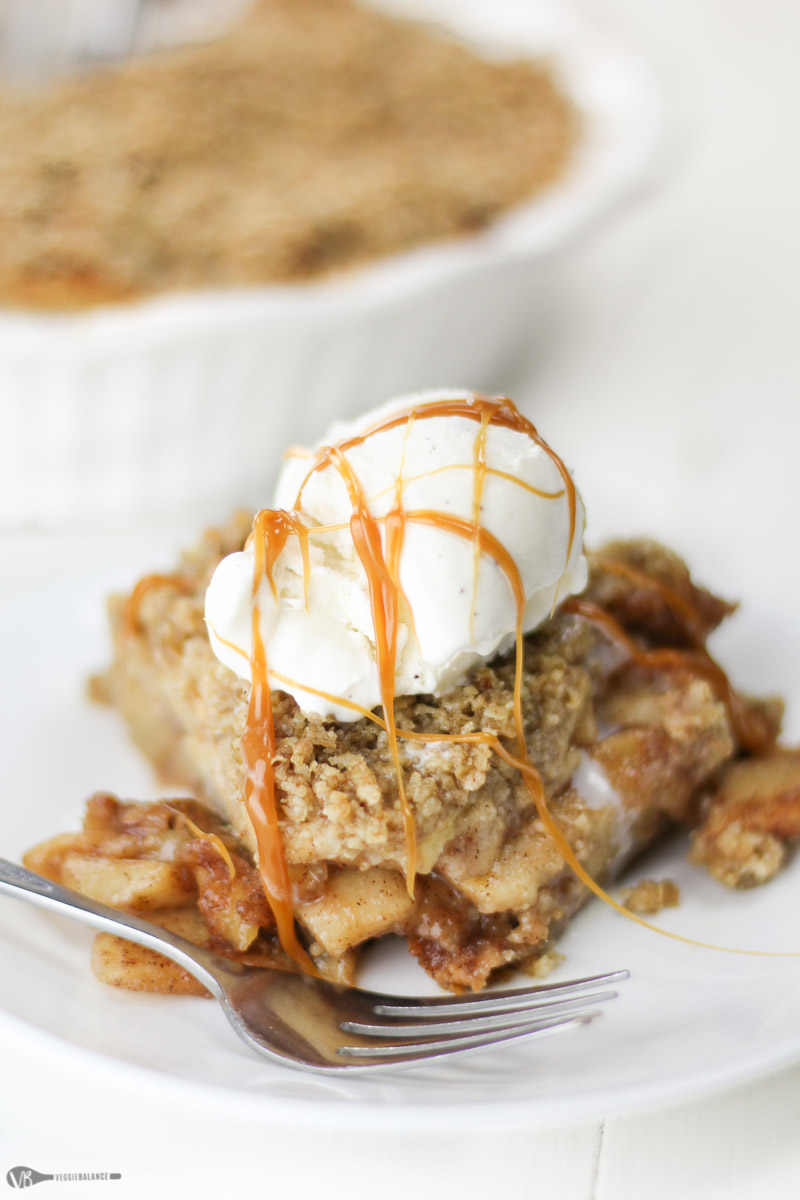 Gluten-Free Apple Crisp recipe chock-full of warm gooey apples and topped with an easy, quick-to-make gluten-free crust. Your guests will never know it is gluten-free, vegan and even lower-sugar!