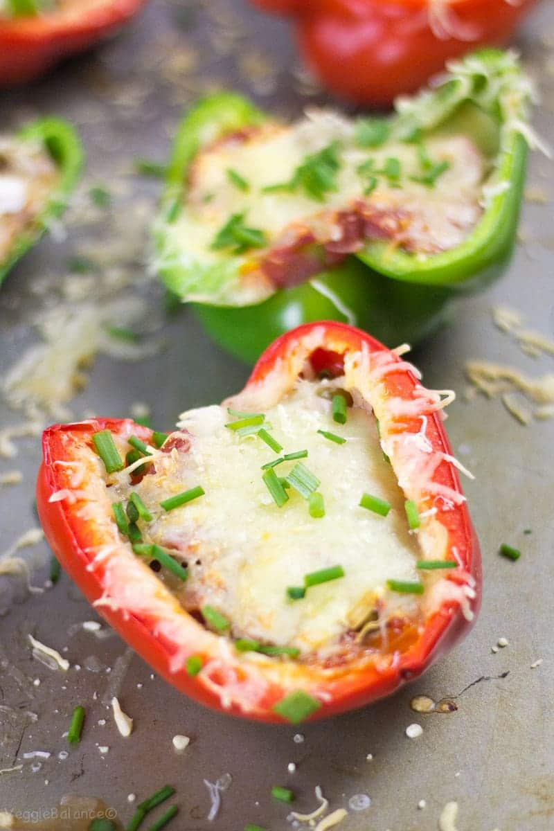 Bell Pepper Pizzas are the absolutely best low carb dinner - Veggiebalance.com