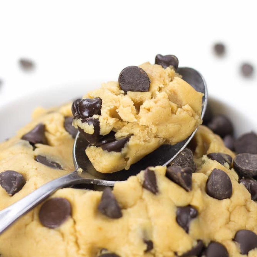Healthy Cookie Dough (Edible, Eggless)