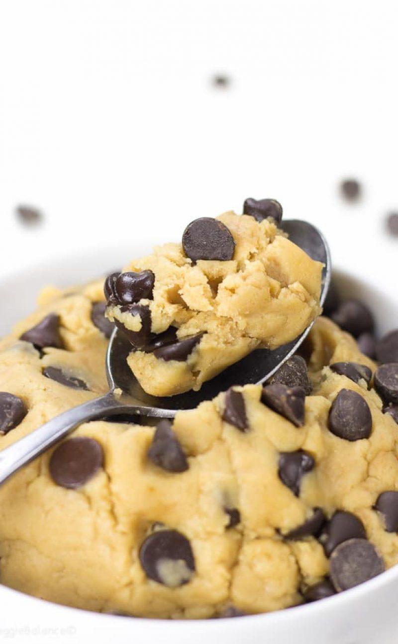 Healthy Cookie Dough Recipe (Edible, Eggless)