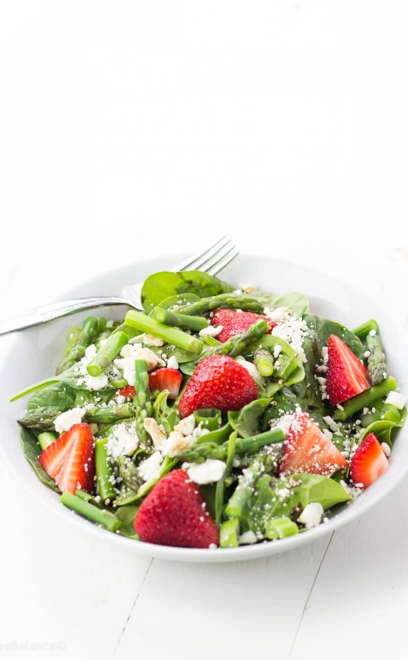 Strawberry Spinach Salad Blanched Asparagus with Balsamic Dressing Recipe