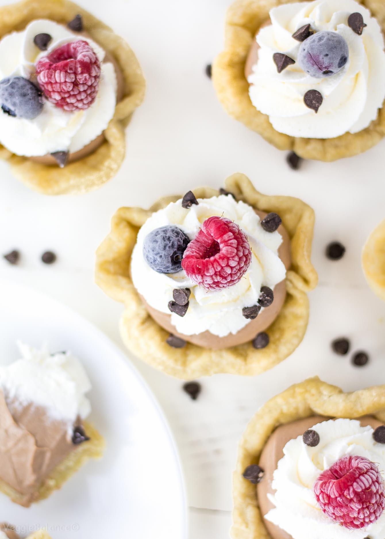 Mini Chocolate Cream Pies recipe Gluten-Free - Veggiebalance.com