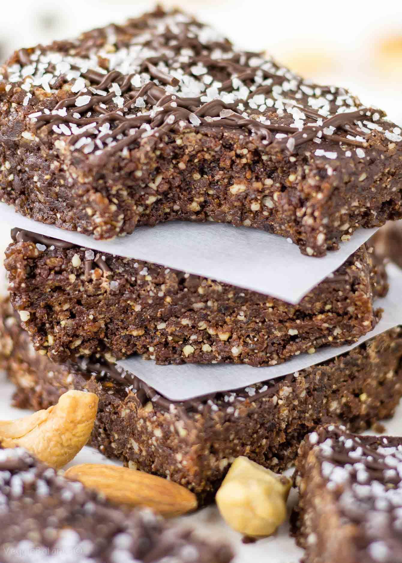 Chocolate Sea Salt Energy Bars Gluten Free - veggiebalance.com