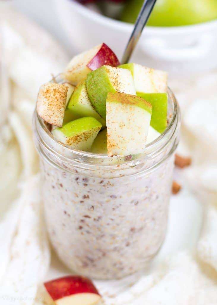 Apple Cinnamon Overnight Oatmeal