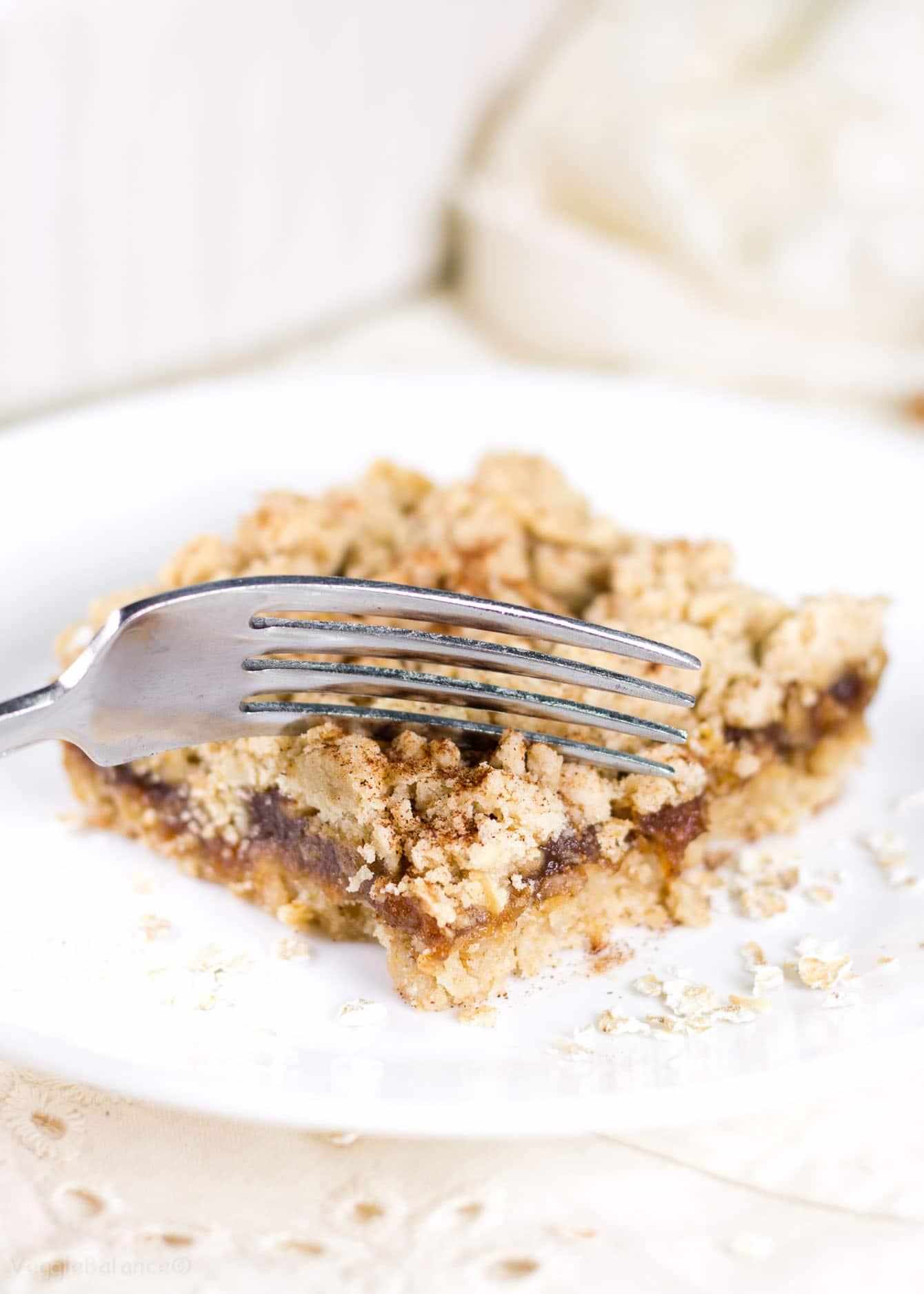 Apple Oatmeal Bars recipe