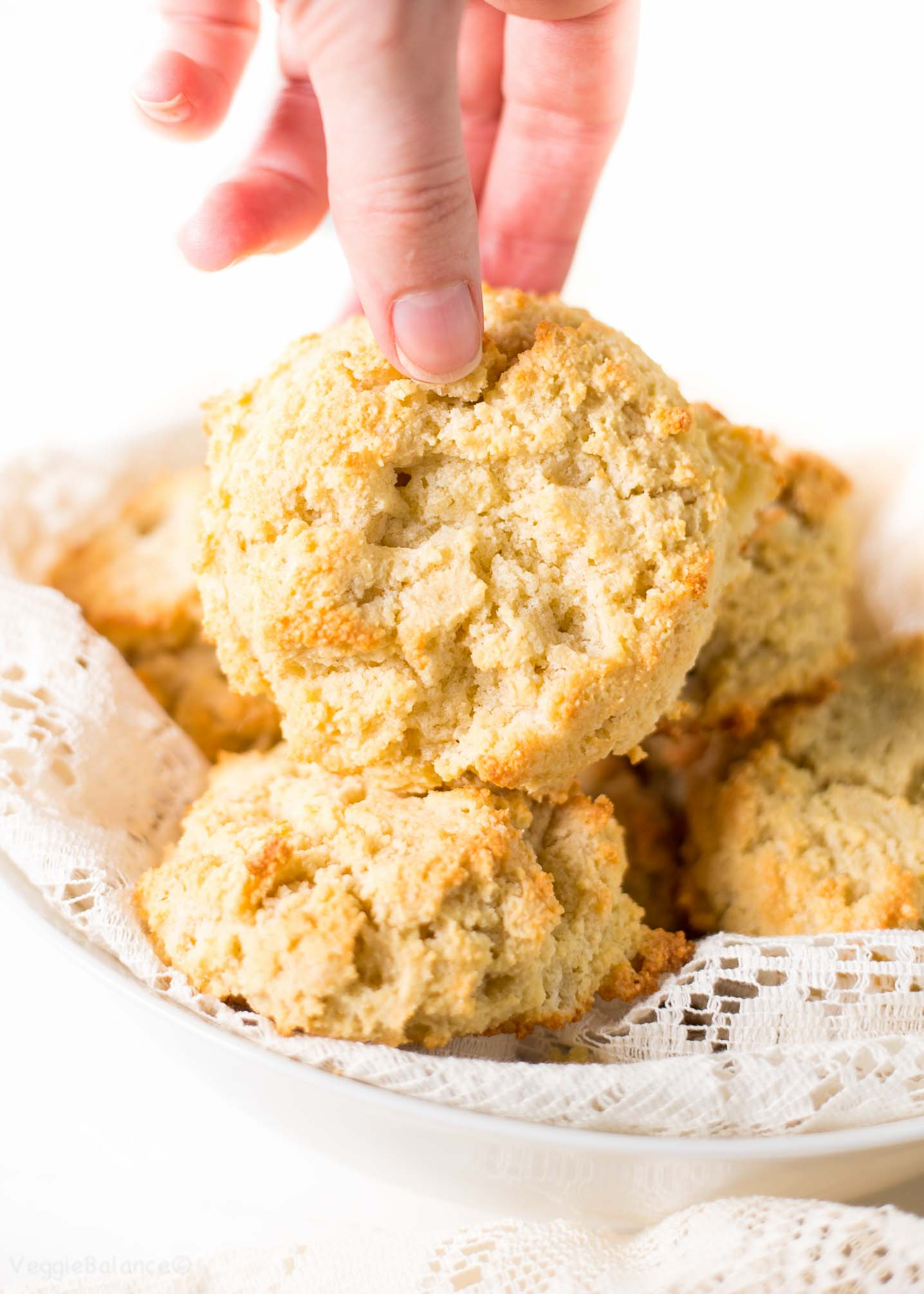 Almond Flour Biscuits (Healthy Low Carb Biscuits)