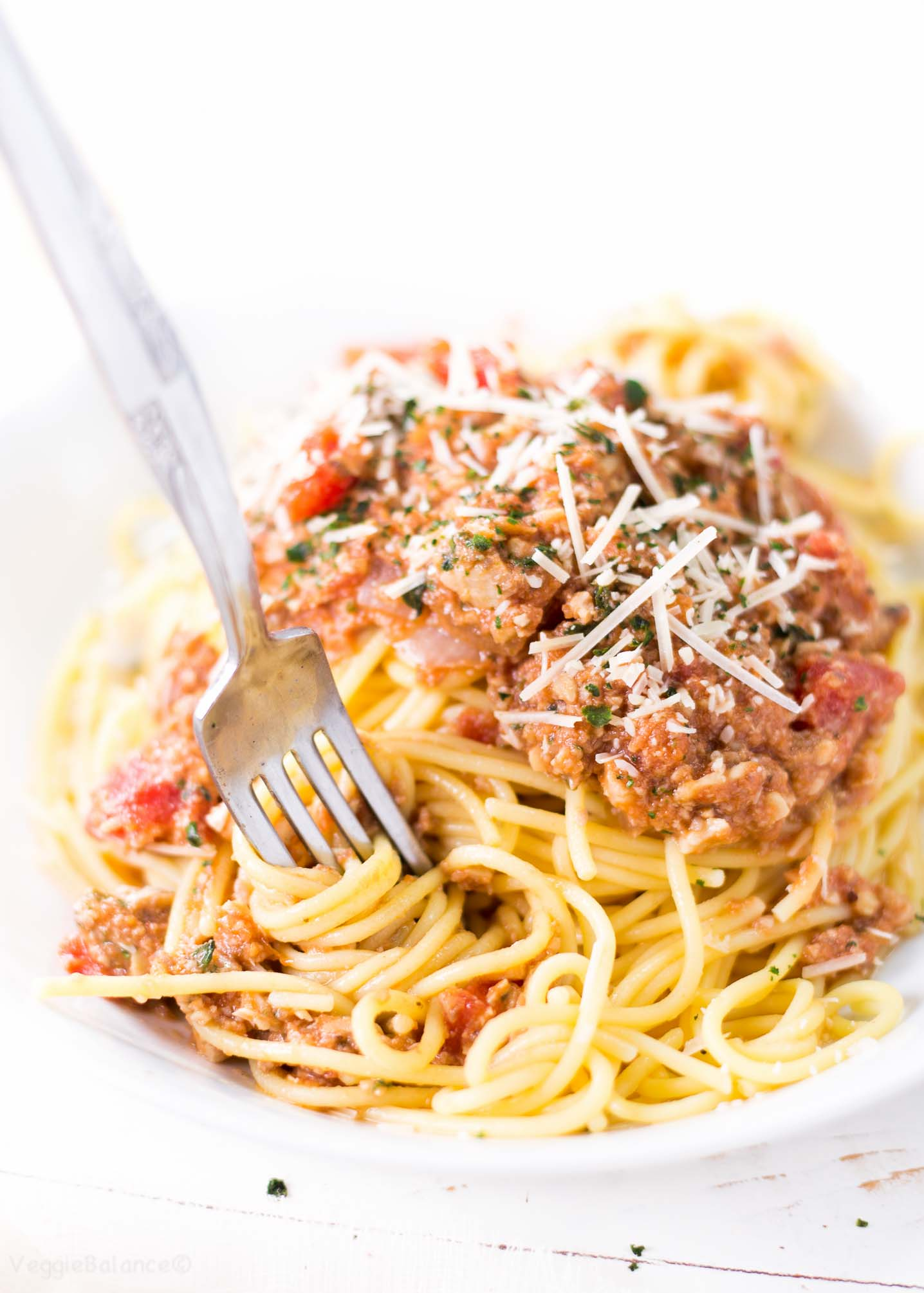 Vegetarian Bolognese Sauce (Vegan Spaghetti Sauce)